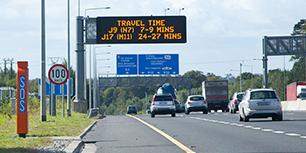 Travel time sign on the M50